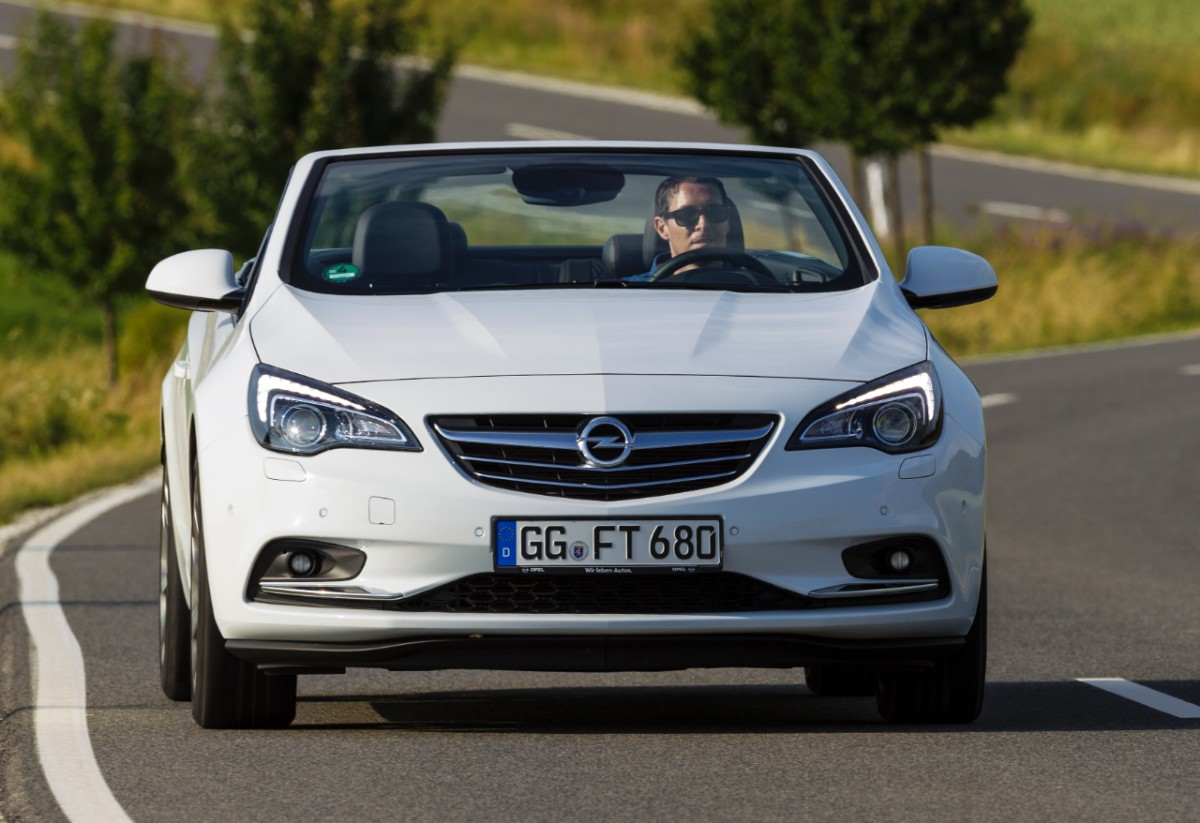 Opel-Cascada-287403-medium