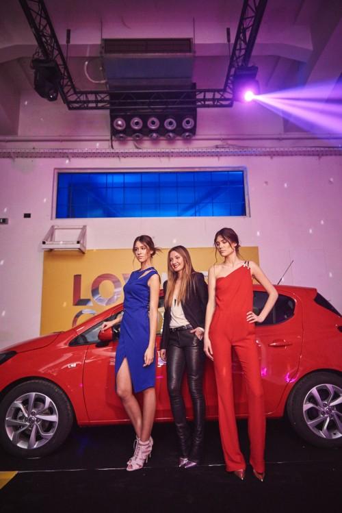 Zvezde veceri - nova Corsa i  Ines Jankovic sa modelima