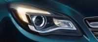 Opel_Insignia_bi-halogen_headlamps_with_bulb_DRL_992x425_ins14_e01_105